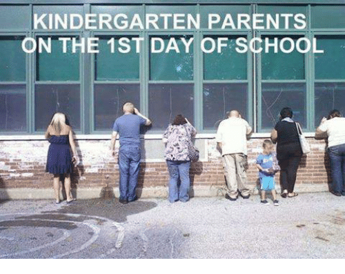 back to school kindergarten-parents-n-the-1st-day-of-school-3217504